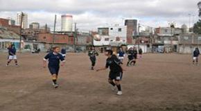 Fútbol femenino en Villa 31 Cuando el deporte contiene